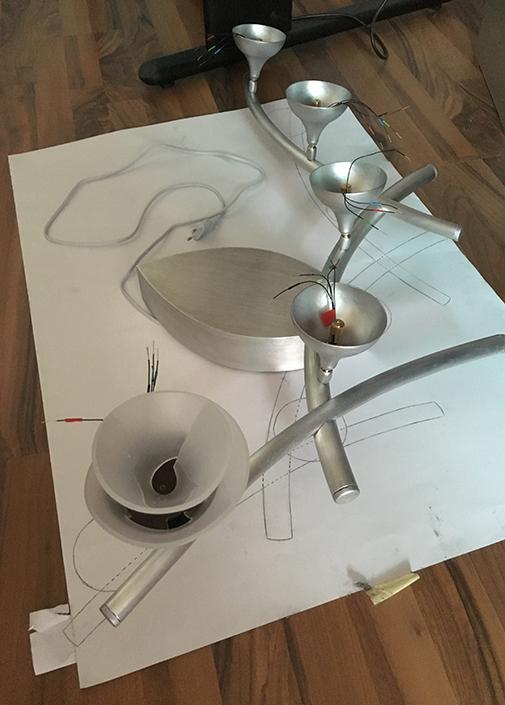 Navette Lampe auf Skizze